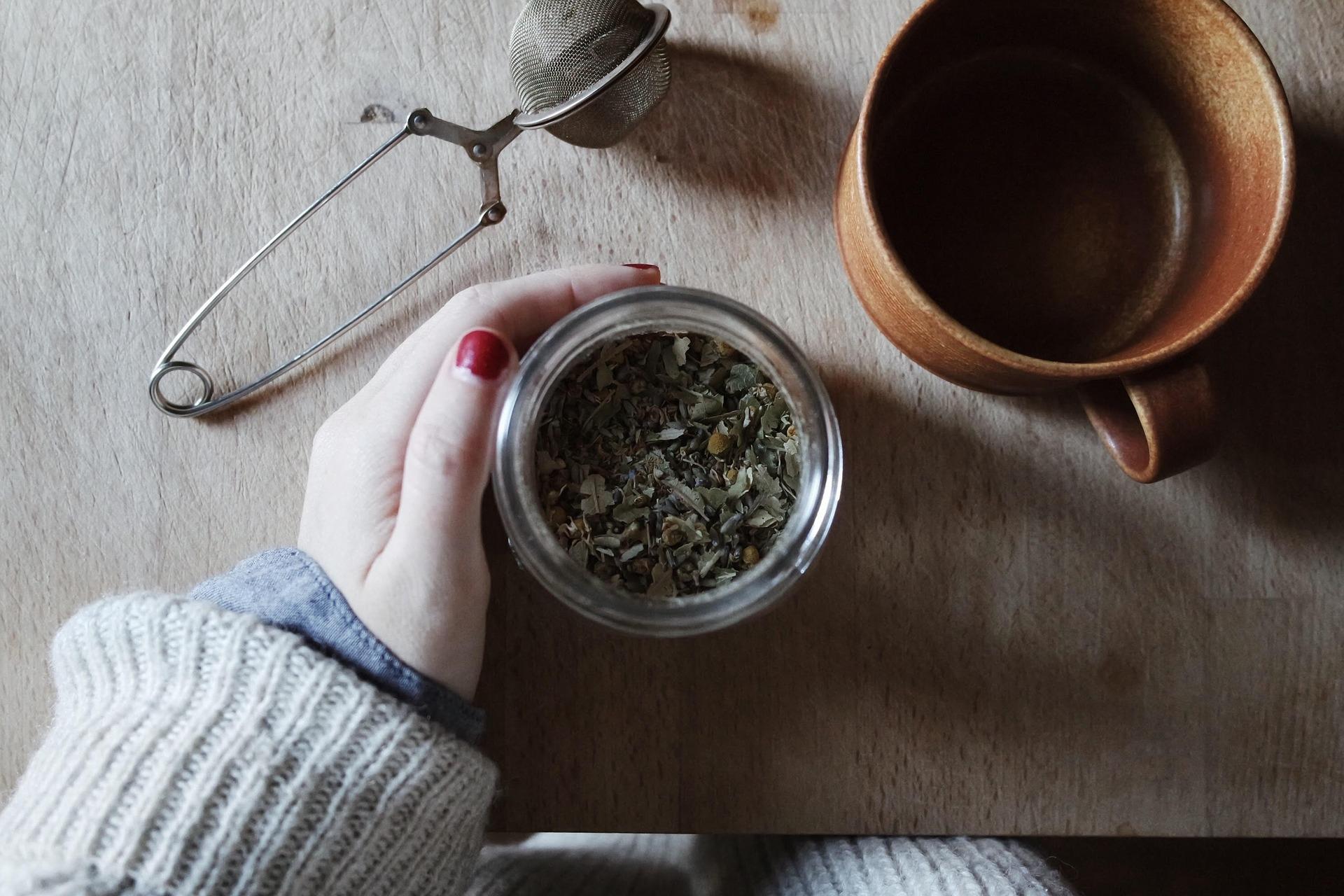 Jak prawidłowo parzyć herbatę?